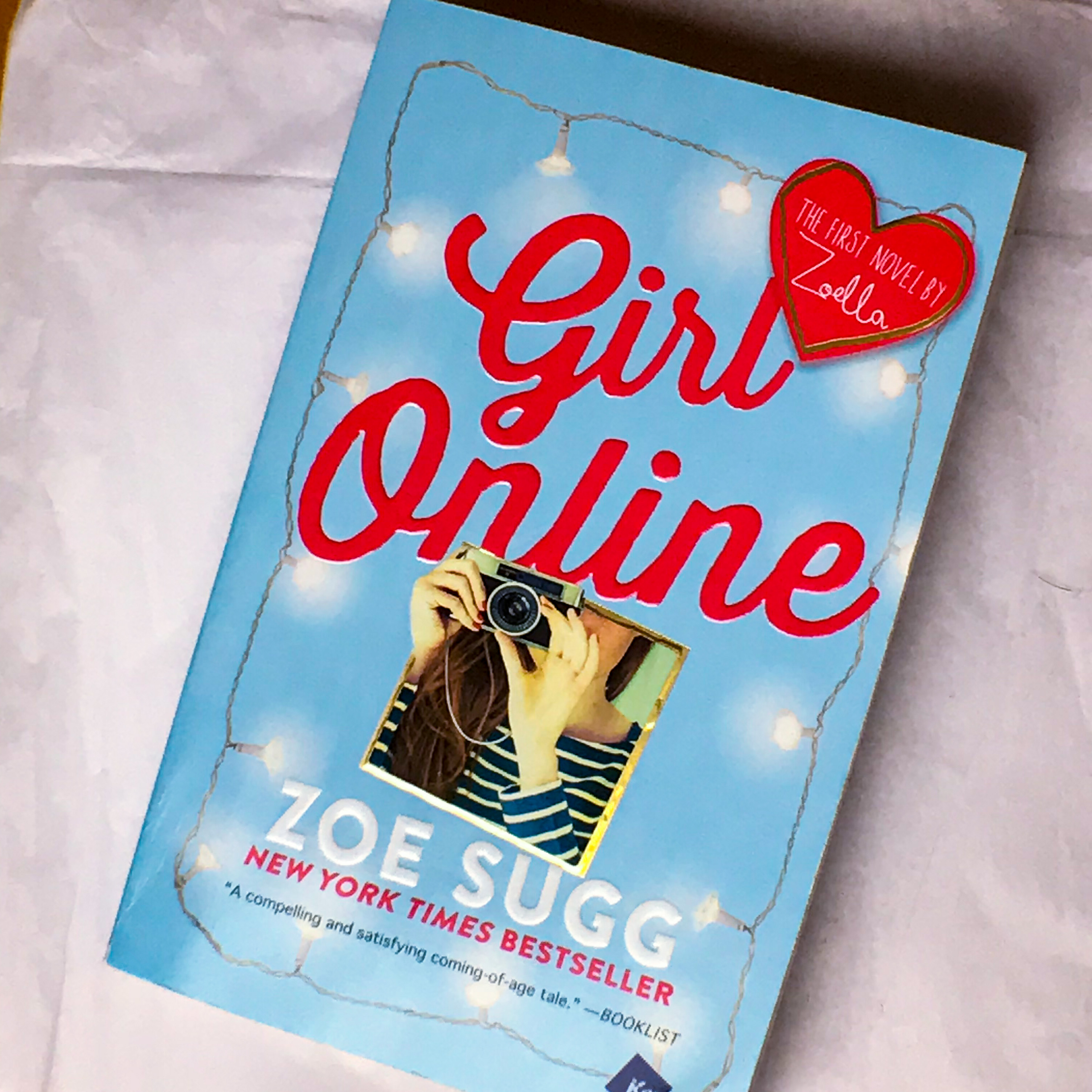 Book Review~Girl Online by Zoe Sugg